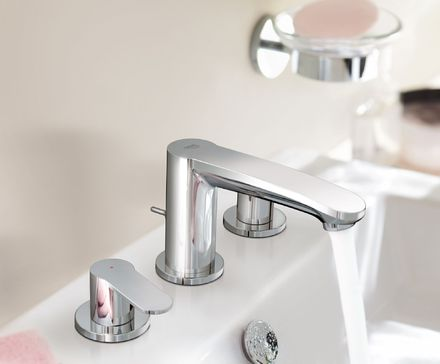 Eurostyle Cosmopolitan wideset Three-hole basin mixer