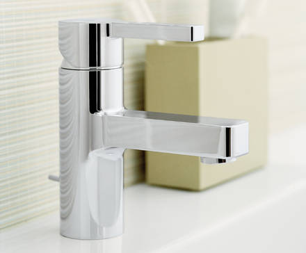 Lineare Single-lever basin mixer